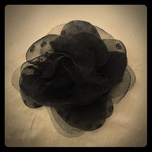 Accessories - Large fabric flower hair clip